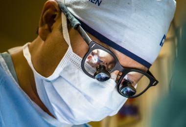 Dr. Robert Nam