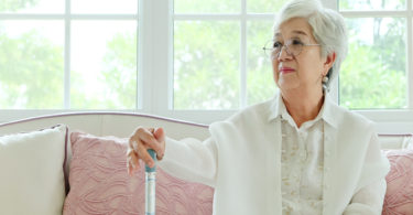 older-woman-with-cane
