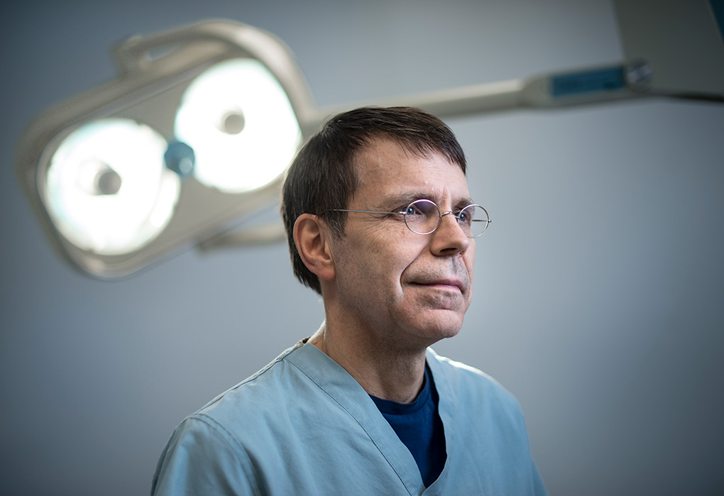 Dr. Paul Binhammer, plastic surgeon, Complex Combined Upper Extremity Clinic at Sunnybrook.